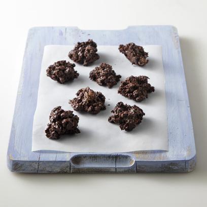 Σοκολατάκια με δημητριακά και ξηρούς καρπούς