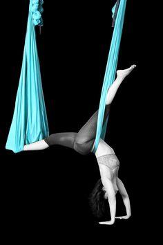 Aerial Yoga - Aerial Flow Yoga
