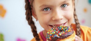 child_eat_660